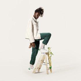 https://www.ragusanews.com//immagini_articoli/07-04-2021/1617780752-novita-da-adidas-la-sneaker-stan-smith-diventa-sostenibile-1-280.jpg