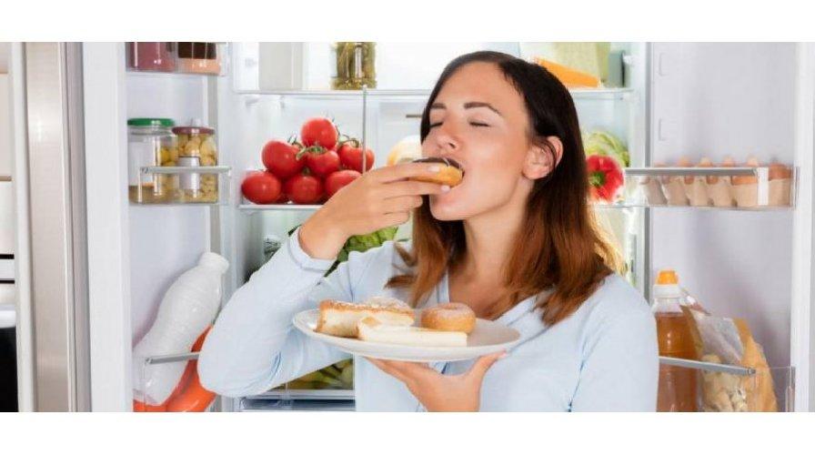 https://www.ragusanews.com//immagini_articoli/07-04-2021/dieta-5-rimedi-naturali-contro-la-fame-nervosa-500.jpg