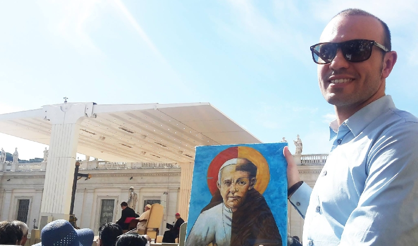 http://www.ragusanews.com//immagini_articoli/07-05-2017/claudio-dangelo-ritratto-papa-francesco-500.jpg