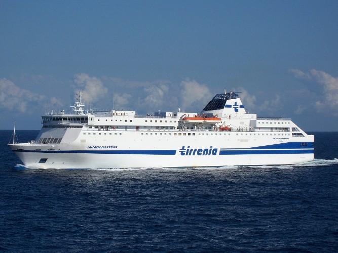 https://www.ragusanews.com//immagini_articoli/07-05-2020/in-arrivo-a-pozzallo-seconda-nave-per-quarantena-migranti-500.jpg