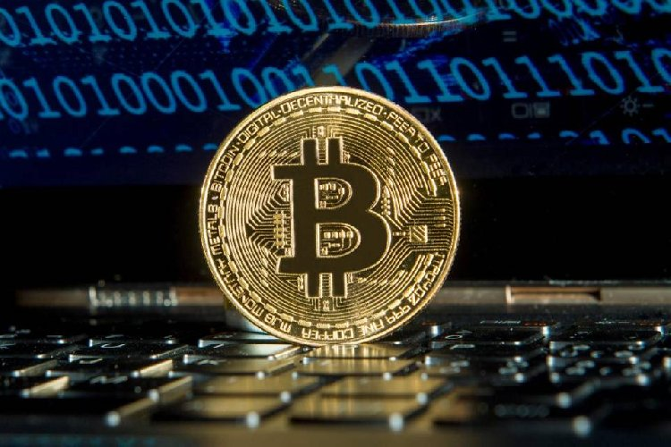 https://www.ragusanews.com//immagini_articoli/07-05-2021/criptovalute-investimenti-record-per-il-bitcoin-500.jpg