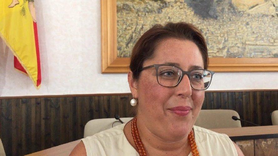 https://www.ragusanews.com//immagini_articoli/07-06-2018/cinzia-gambino-segretario-scavalco-chiaramonte-500.jpg
