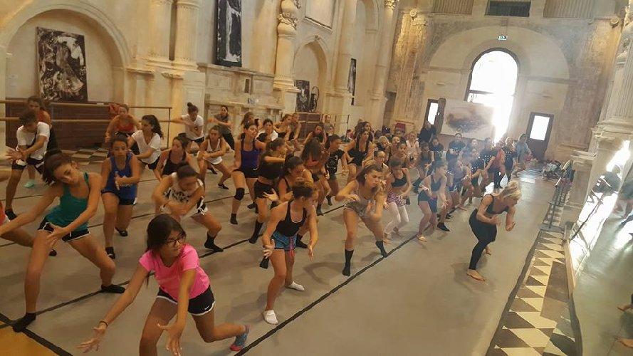 https://www.ragusanews.com//immagini_articoli/07-06-2018/danzart-ragusa-500.jpg