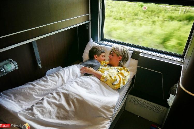 https://www.ragusanews.com//immagini_articoli/07-06-2020/treni-di-notte-solo-cabine-esclusive-e-da-soli-500.jpg