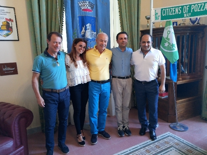 https://www.ragusanews.com//immagini_articoli/07-07-2017/sindaco-ammatuna-assegna-deleghe-500.jpg