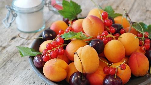 https://www.ragusanews.com//immagini_articoli/07-07-2021/quale-frutta-mangiare-per-chi-vuole-dimagrire-280.jpg