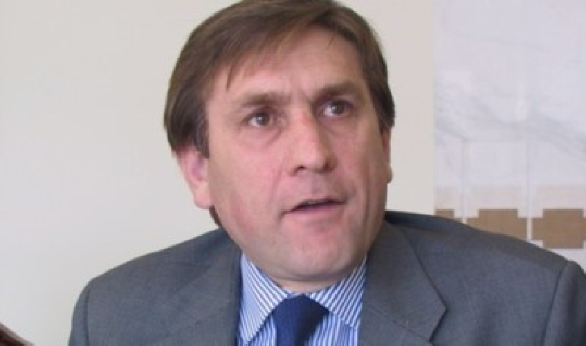 http://www.ragusanews.com//immagini_articoli/07-08-2014/caso-consorzio-universitario-ibleo-dichiarazioni-del-sen-giovanni-mauro-500.jpg