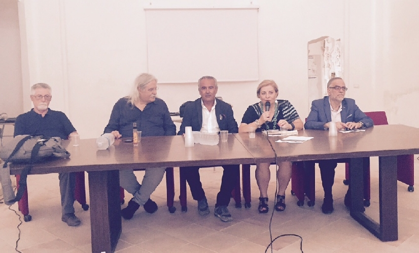 https://www.ragusanews.com//immagini_articoli/07-08-2015/il-convento-della-croce-aperto-fino-al-6-settembre-500.jpg