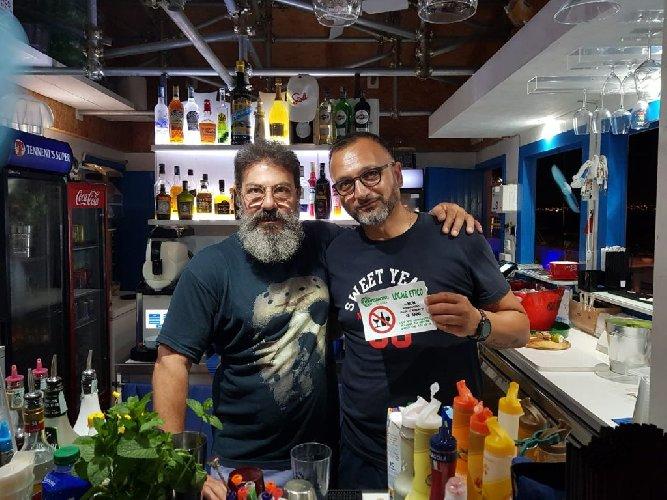 https://www.ragusanews.com//immagini_articoli/07-08-2019/1565175145-ragusa-niente-alcol-ai-minori-1-500.jpg