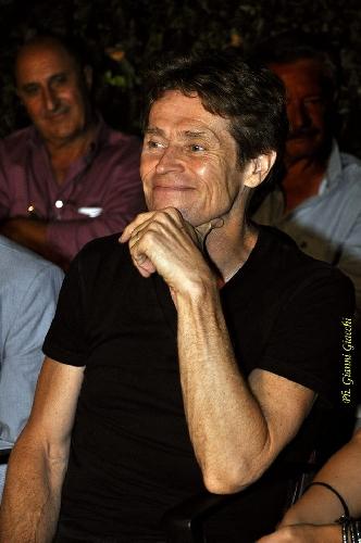 http://www.ragusanews.com//immagini_articoli/07-09-2014/willem-dafoe-lo-sciclitano-e-pasolini-a-venezia-500.jpg