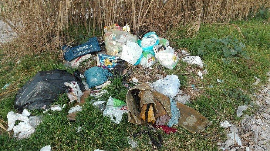 https://www.ragusanews.com//immagini_articoli/07-09-2018/ragusa-rifiuti-abbandonati-parte-video-sorveglianza-500.jpg
