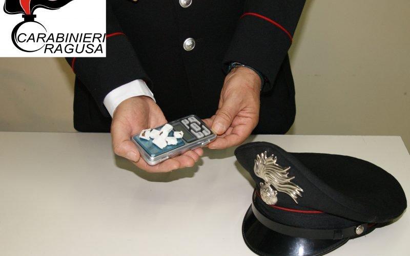 https://www.ragusanews.com//immagini_articoli/07-09-2019/ragusa-droga-ai-minorenni-due-arresti-500.jpg