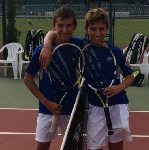 http://www.ragusanews.com//immagini_articoli/07-10-2014/tennis-due-giovani-sciclitani-al-master-regionale-500.jpg