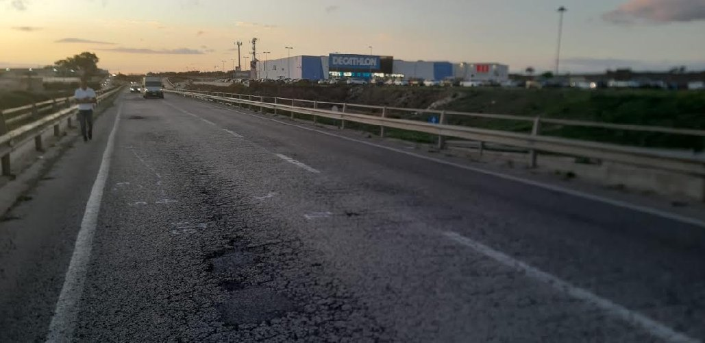 https://www.ragusanews.com//immagini_articoli/07-10-2019/incidente-in-scooter-muore-un-ragazzo-di-15-anni-500.jpg