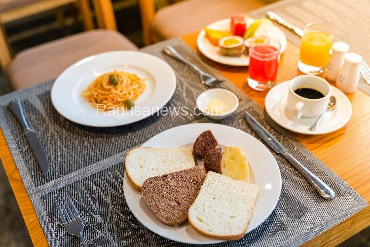 https://www.ragusanews.com//immagini_articoli/07-10-2019/la-dieta-spaghetti-a-colazione-500.jpg