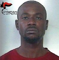 http://www.ragusanews.com//immagini_articoli/07-11-2016/spaccio-arrestato-nigeriano-incensurato-200.jpg