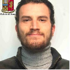 https://www.ragusanews.com//immagini_articoli/07-11-2018/condannato-alessandro-persecutore-preti-240.png