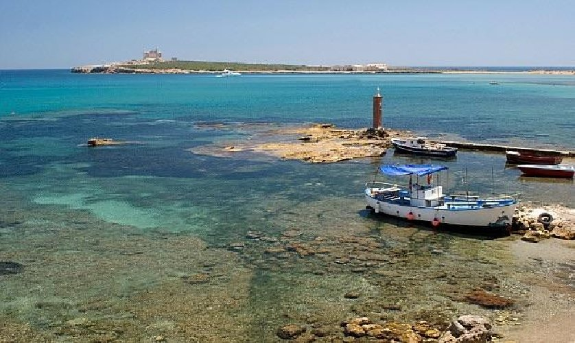 https://www.ragusanews.com//immagini_articoli/07-12-2017/capo-passero-resort-resort-500.jpg