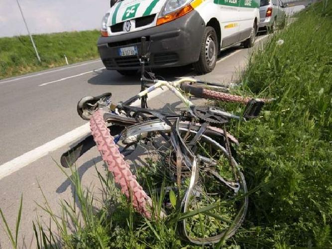 http://www.ragusanews.com//immagini_articoli/08-01-2014/ciclista-ragusana-investita-sulla-modica-pozzallo-500.jpg