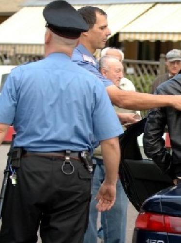 https://www.ragusanews.com//immagini_articoli/08-02-2012/scicli-oltraggio-i-carabinieri-prosciolta-per-vizio-di-mente-500.jpg