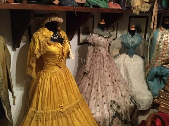 https://www.ragusanews.com//immagini_articoli/08-02-2017/museo-costume-castello-donnafugata-420.jpg