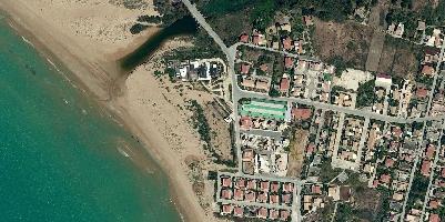 https://www.ragusanews.com//immagini_articoli/08-03-2017/1488971317-parte-albergo-rinascita-marina-modica-1-200.jpg