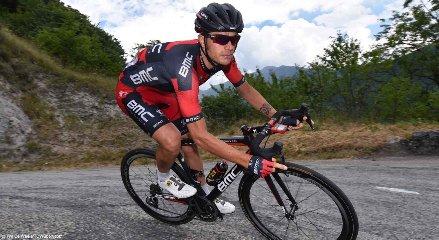 https://www.ragusanews.com//immagini_articoli/08-03-2018/ragusa-damiano-caruso-vince-prova-cronometro-squadre-240.jpg