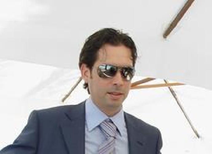 https://www.ragusanews.com//immagini_articoli/08-04-2013/sindaco-di-modica-i-grillini-scelgono-andrea-sansone-500.jpg
