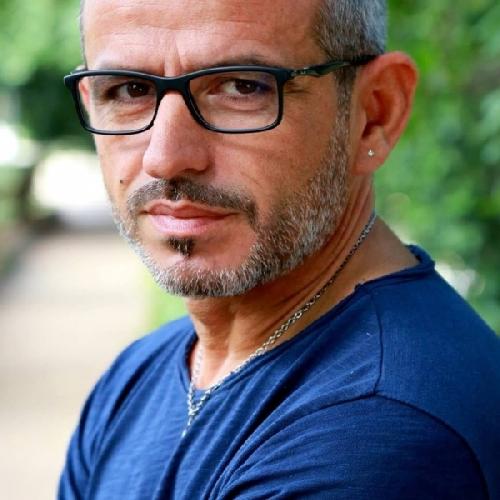 https://www.ragusanews.com//immagini_articoli/08-04-2017/tagliato-copertone-auto-consigliere-scuderi-500.jpg
