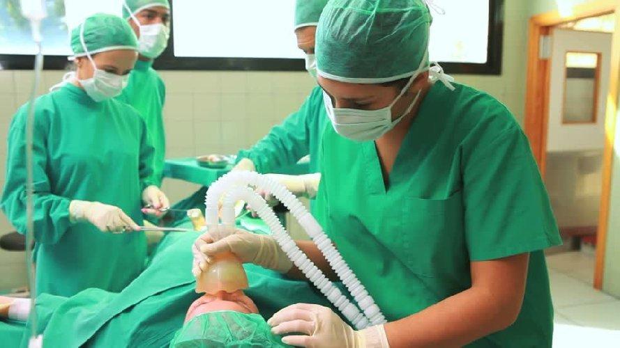 https://www.ragusanews.com//immagini_articoli/08-04-2019/concorso-anestesisti-sicilia-orientale-in-153-prima-prova-500.jpg