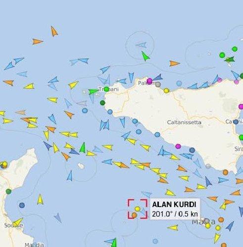 https://www.ragusanews.com//immagini_articoli/08-04-2020/una-nave-con-150-migranti-in-arrivo-a-pozzallo-sindaco-porto-chiuso-500.jpg