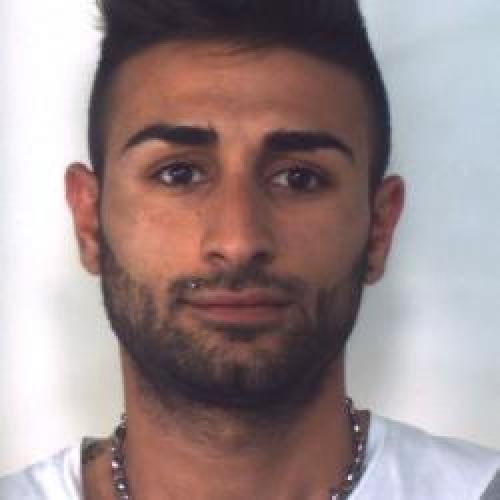 http://www.ragusanews.com//immagini_articoli/08-05-2015/droga-arrestato-giuseppe-iacono-500.jpg