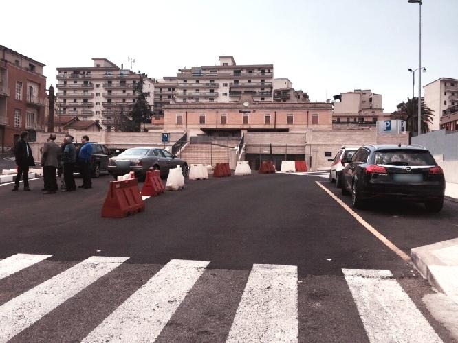 http://www.ragusanews.com//immagini_articoli/08-05-2015/finalmente-il-parcheggio-della-stazione-500.jpg