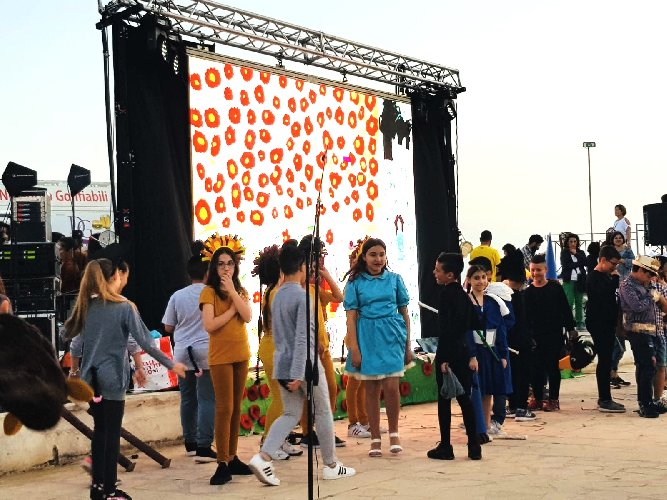 https://www.ragusanews.com//immagini_articoli/08-06-2019/la-scuola-amore-tra-musica-teatro-e-comunicazione-500.jpg