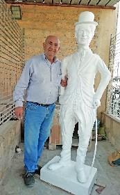 https://www.ragusanews.com//immagini_articoli/08-06-2021/1623182834-nino-barone-l-artista-artigiano-video-1-280.jpg