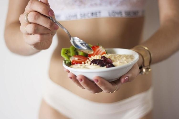 https://www.ragusanews.com//immagini_articoli/08-06-2021/dieta-di-giugno-come-perdere-una-taglia-in-due-settimane-500.jpg
