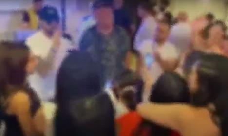 https://www.ragusanews.com//immagini_articoli/08-06-2021/matrimonio-napulitano-a-catania-video-280.jpg