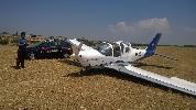 http://www.ragusanews.com//immagini_articoli/08-07-2015/aereo-in-atterraggio-di-emergenza-a-donnalucata-100.jpg