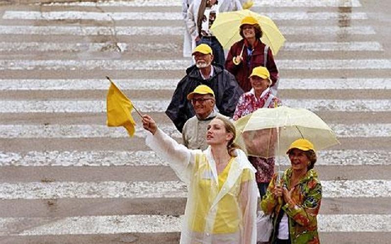 https://www.ragusanews.com//immagini_articoli/08-07-2016/entro-fine-anno-il-concorso-per-guida-turistica-in-sicilia-500.jpg