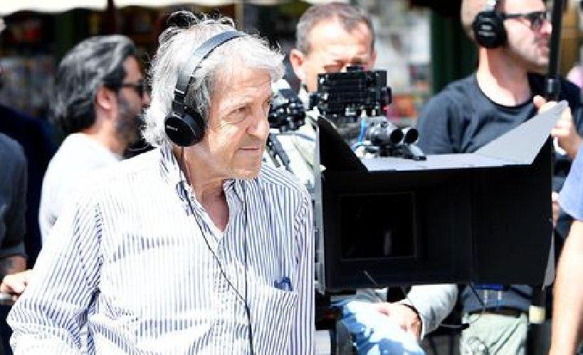 https://www.ragusanews.com//immagini_articoli/08-07-2018/morto-carlo-vanzina-500.jpg