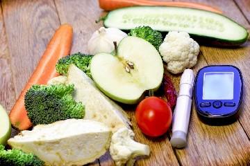 https://www.ragusanews.com//immagini_articoli/08-07-2020/dieta-per-abbassare-la-glicemia-240.jpg