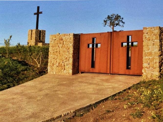 https://www.ragusanews.com//immagini_articoli/08-07-2021/1625747896-la-storia-del-cimitero-dei-colerosi-foto-1-500.jpg