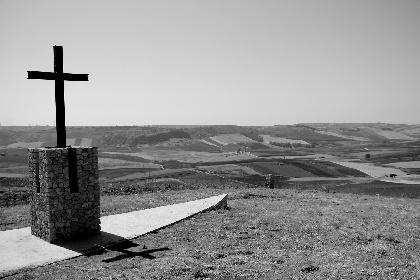 https://www.ragusanews.com//immagini_articoli/08-07-2021/la-storia-del-cimitero-dei-colerosi-foto-280.jpg
