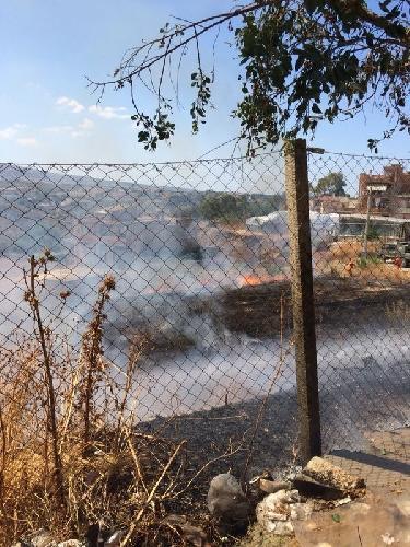 http://www.ragusanews.com//immagini_articoli/08-08-2014/domato-incendio-vicino-al-guzzardi-500.jpg