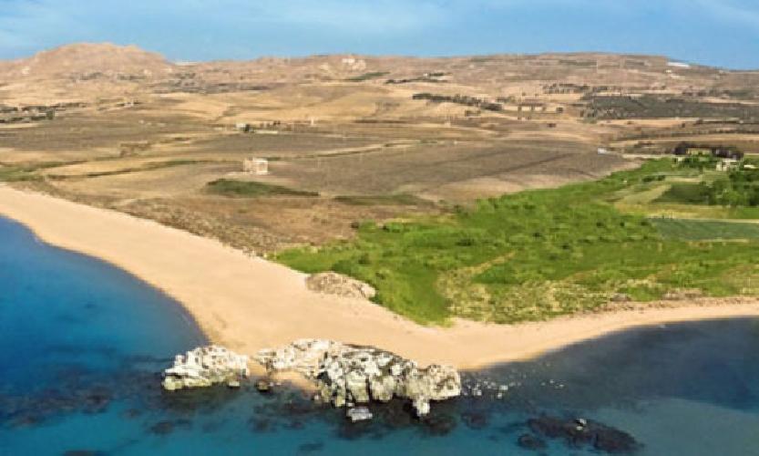 http://www.ragusanews.com//immagini_articoli/08-08-2017/light-dunes-resort-milioni-licata-500.jpg