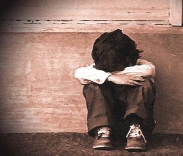 https://www.ragusanews.com//immagini_articoli/08-08-2017/madre-accompagnava-figli-anziano-abusarne-arrestati-500.jpg