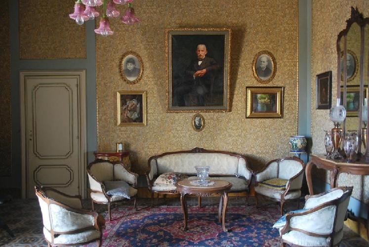 https://www.ragusanews.com//immagini_articoli/08-08-2017/residenze-depoca-apre-palazzo-castro-grimaldi-500.jpg