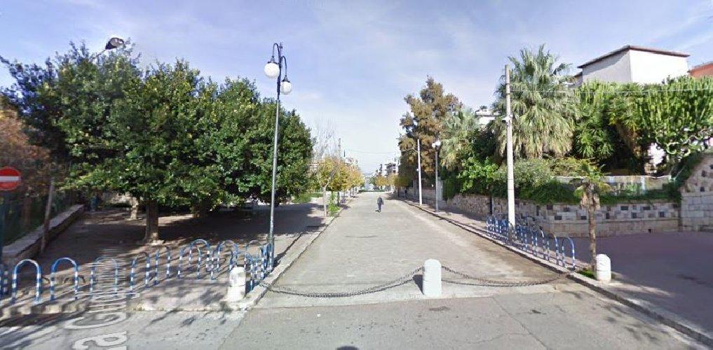 https://www.ragusanews.com//immagini_articoli/08-08-2018/comiso-lettera-gaetano-gaglio-sindaco-isola-pedonale-500.jpg