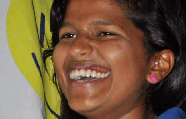 https://www.ragusanews.com//immagini_articoli/08-08-2019/aci-catena-incidente-in-moto-muore-ragazza-21enne-500.jpg