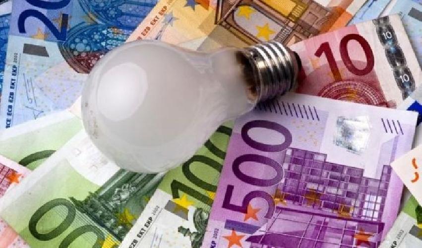 http://www.ragusanews.com//immagini_articoli/08-09-2014/modica-1-mln-400-mila-euro-di-debiti-con-enel-500.jpg